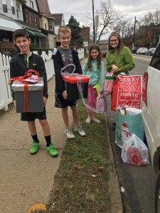 2015 in Homewood Delivering Gifts